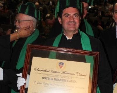 Doctor Enrique Fernando Molina, Doctor Medilaser, Dr Medilaser
